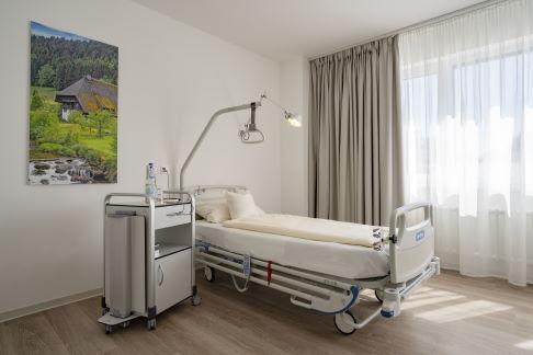 Habitación individual en el hospital ortopédico Gelenk Klinik.